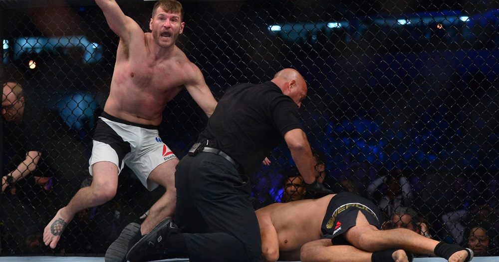 mma weekly miocic knocks out werdum and Bellator strips vitaly minakov 2016 images