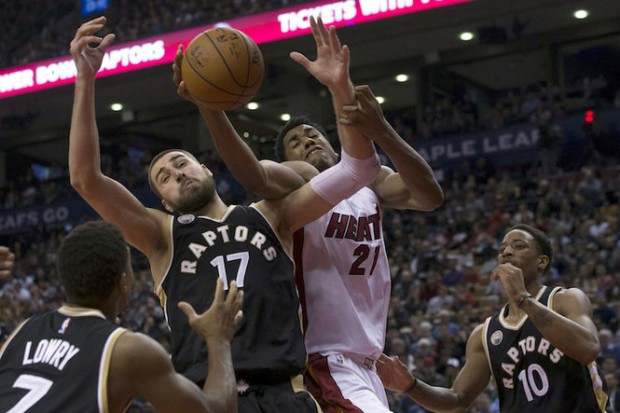 Miami Heat beat Toronto Raptors 102-96 Game 1 Eastern ...