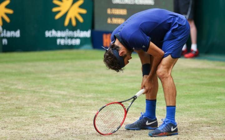 Alexander Zverev Eliminates Roger Federer from ATP Halle 2016 images
