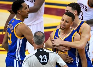 Stephen Curry Freaks Out After Fouling Out and Ayesha Curry Vents on Twitter 2016 images
