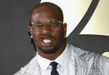 broncos von miller contract talks sour mulling sitting out 2016 season nfl images