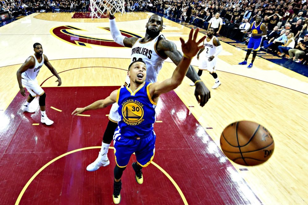 LeBron James' Cavaliers beat Stephen Curry's Warriors 93-89: NBA Finals 2016 images