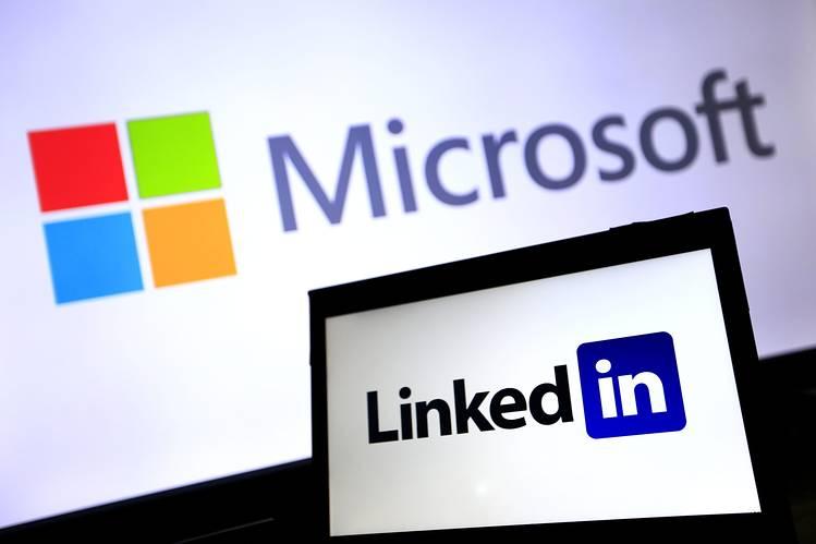microsofts real social network linkedin 2016 images