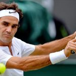 roger federer moves ahead at wimbledon