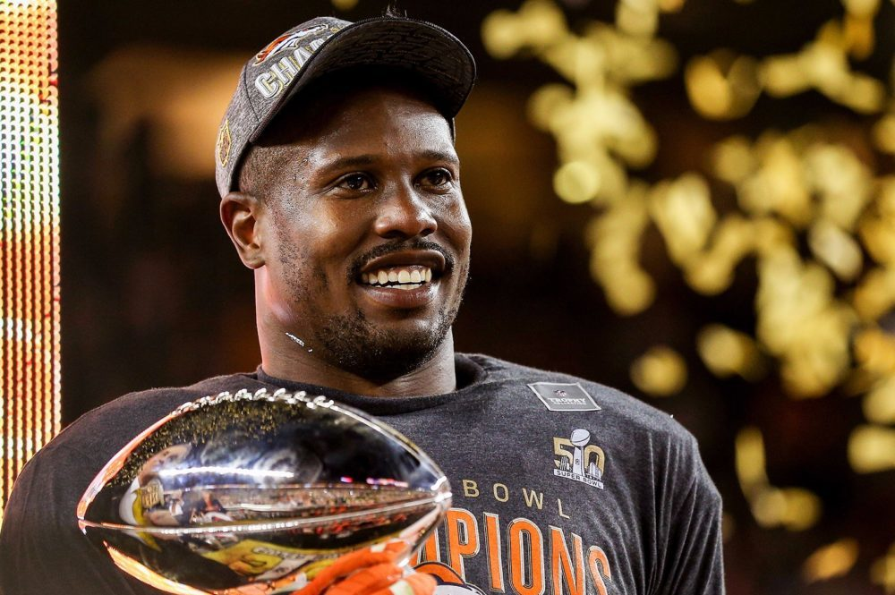 Will Von Miller stay hungry after the broncos deal 2016 images