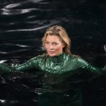 absolutely fabulous kate moss in water