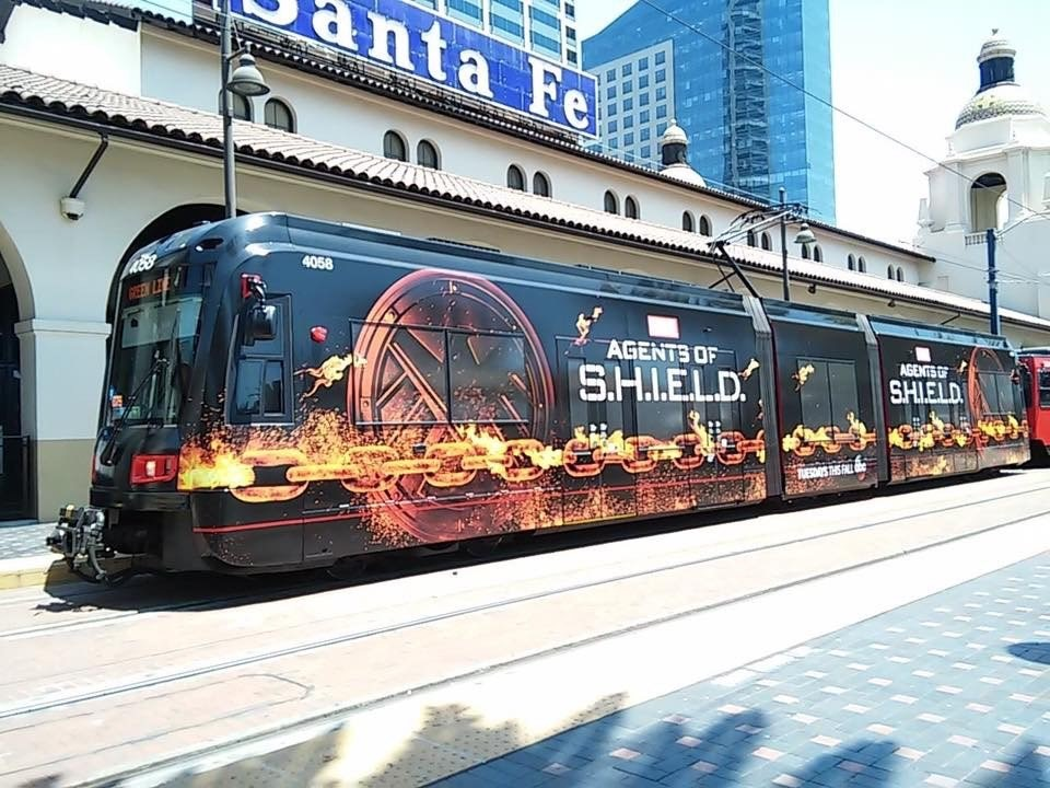 agents of shield bus metro 2016