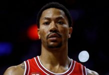 Derrick Rose now a New York Knick for life 2016 images