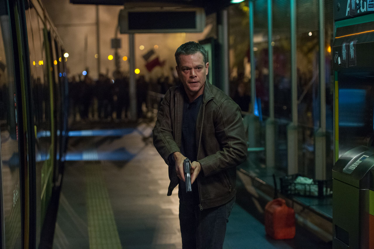 matt damons breathes new life into jason bourne for box office 2016 images