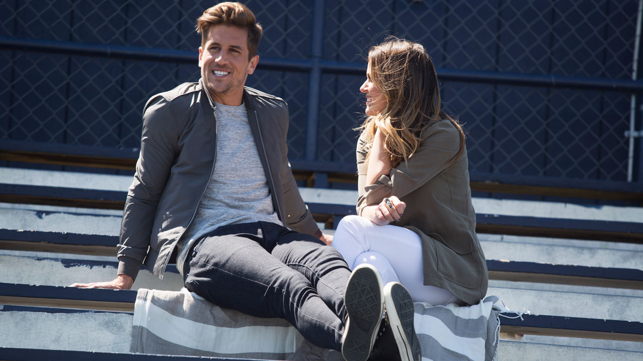 jojo fletcher loves her men the bachelorette
