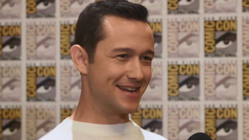 joseph gordon levitt comic con smile