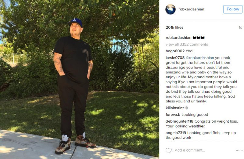 rob kardashian works his curves for camera