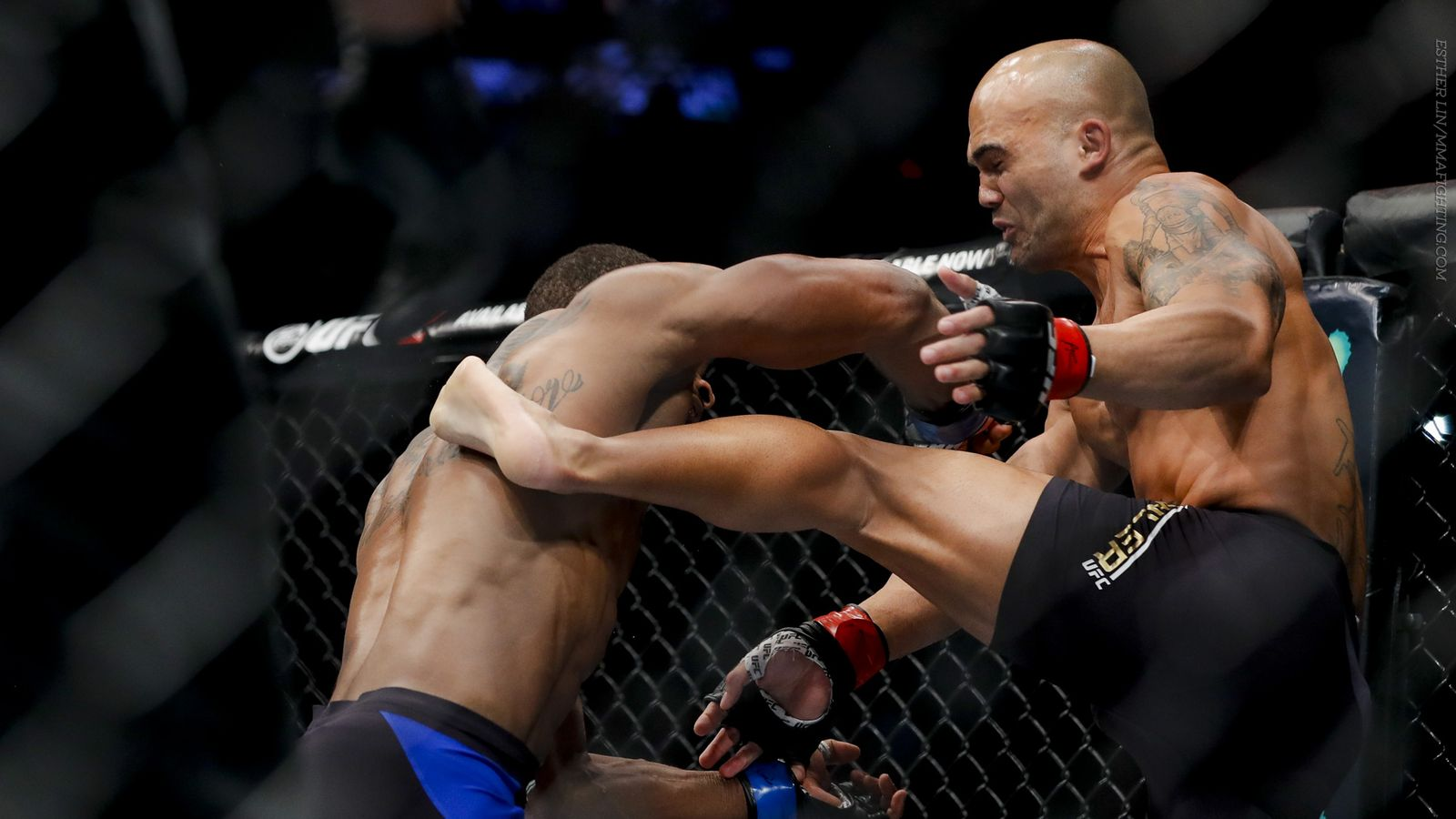 robbie lawler held his own on tyrone wooley 2016 mma