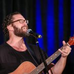 jason manns performs at supernatural convention