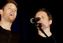 jensen ackles with rob concert during supernatural convention 2016