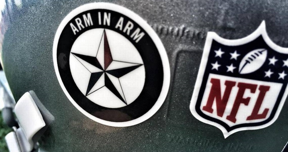 nfl won't let cowboys wear police decal on helmets 2016 images