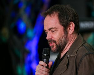 supernatural mark sheppard at vancouver convention