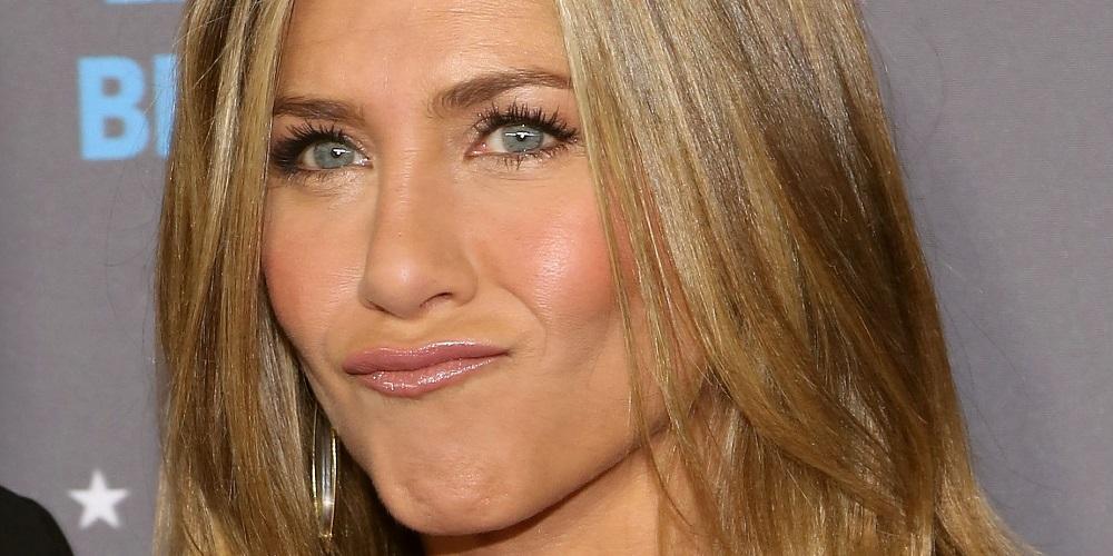 Brangelina divorce gives explosion of Jennifer Aniston memes 2016 images