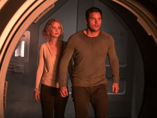 jennife lawrence walking chris pratt for passengers