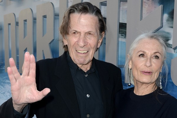 leonard nimoy with wife