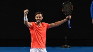 marcel granollers takes on andy murray us open