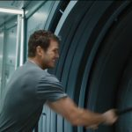 passengers chris pratt pounding on door