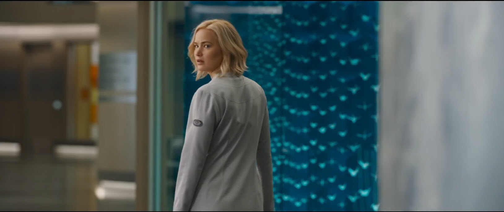 passengers jennifer lawrence looking back