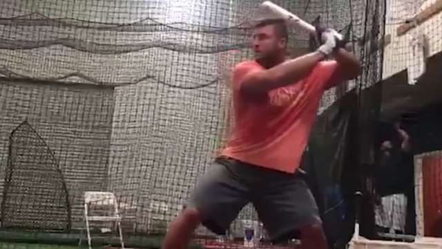 tim tebow trying baseball badly