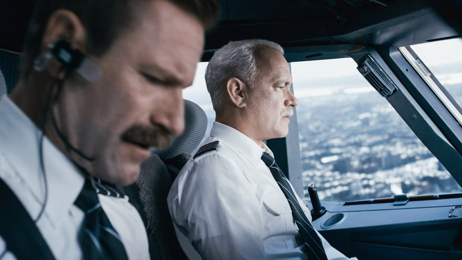 tom hanks brinds adults back to theater with sully 2016 images