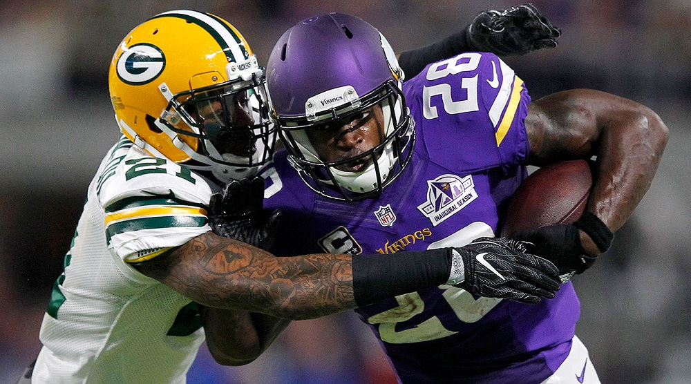 Vikings Adrian Peterson out with knee injury 2016 images
