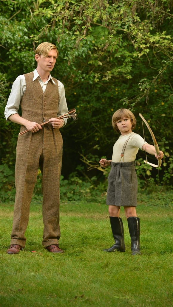 domhnall gleeson from aa milne biopic winnie the pooh 2016 images