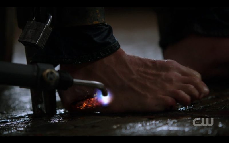 supernatural dean winchester toes being burned 12.01 kb 12