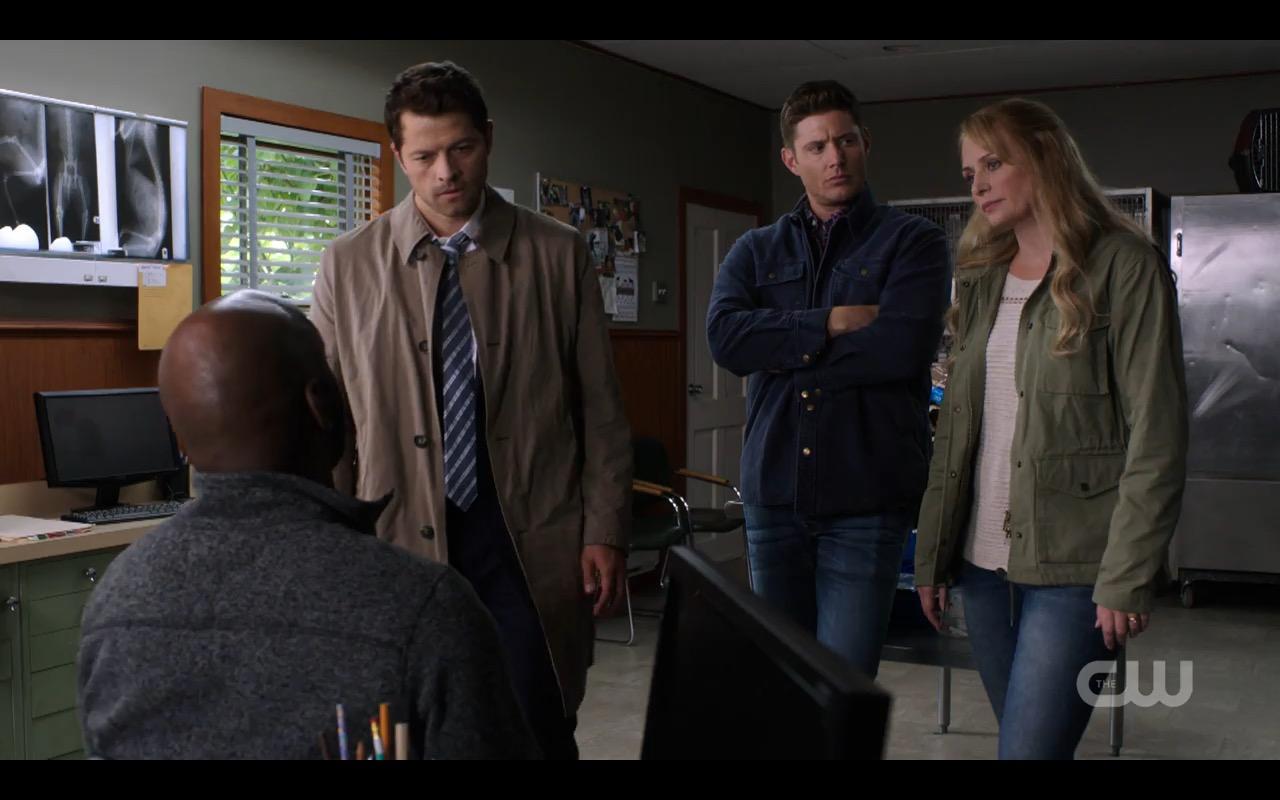supernatural dean sam winchester with castiel 12.01 kb 14