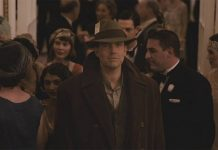 ben afflecks live by night gets an early oscar kiss 2016 images