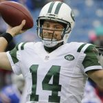 Jets Ryan Fitzpatrick still has defenders on the team