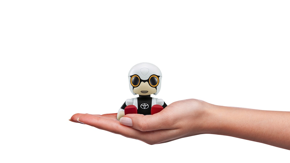 Kirobo Mini: Technological imaginary friends 2016 images