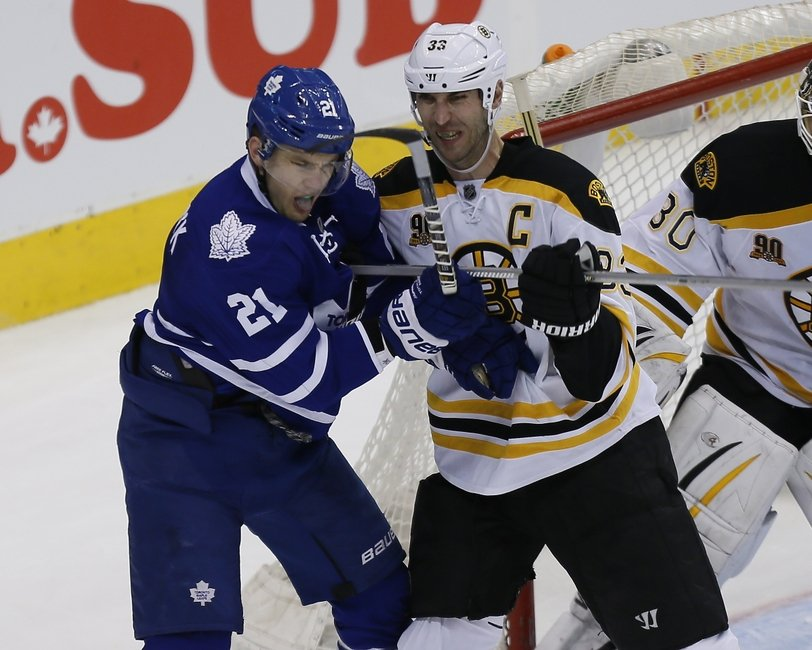 maple leafs beat bruins 4 1