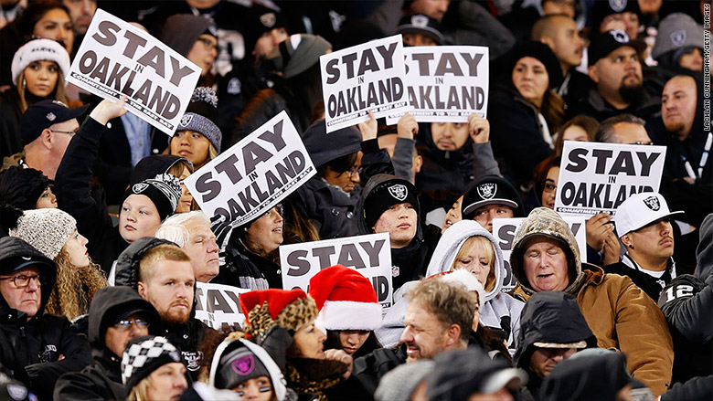 oakland raiders very likely to move to las vegas 2016 images
