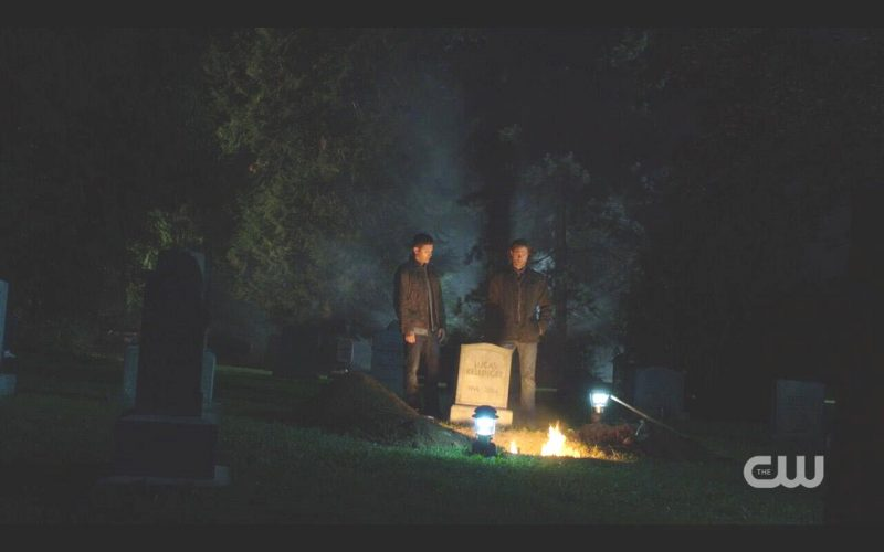 supernatural foundry sam dean winchester grave salt burning
