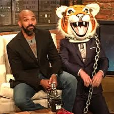 talking dead chris harwick with negan in tiger head