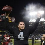 Derek Carr keeping Oakland Raiders in win column