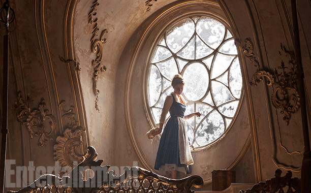 movie tv tech geeks beauty and the beast image ew emma watson belle