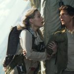 annabelle wallis holding tom cruise in plane for the mummy