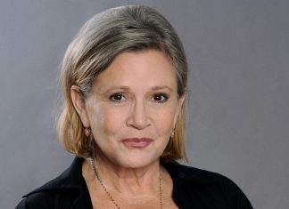 carrie fishers condition critical after airplane heart attack 2016 images