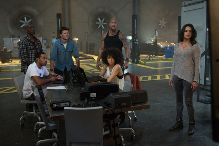fate and the furious fast 8 images 2017 700x467 004