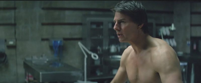the mummy tom cruise body shot