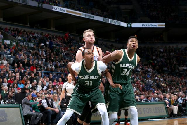Giannis Antetokounmpo dribble gets NBA Last Two Minutes Report criticized  2017 images