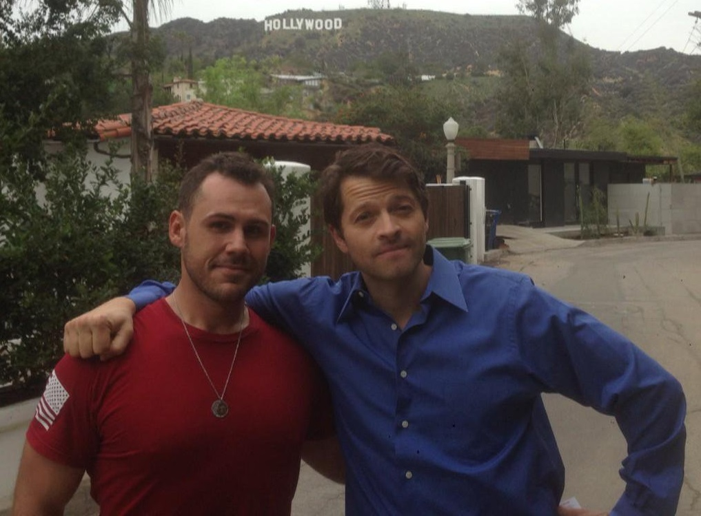 dustin dorough talks misha collins gishwhes and stories from the road 2016 images