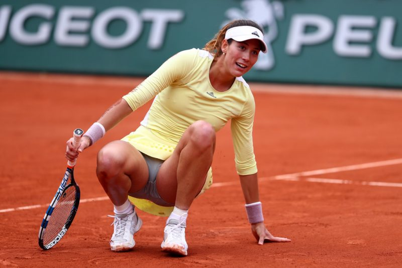 garbine muguriuza injury hits