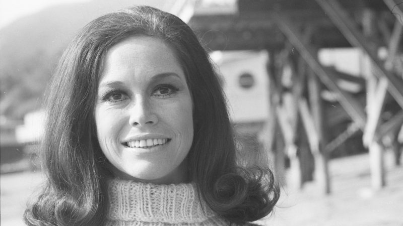 mary tyler moore has died